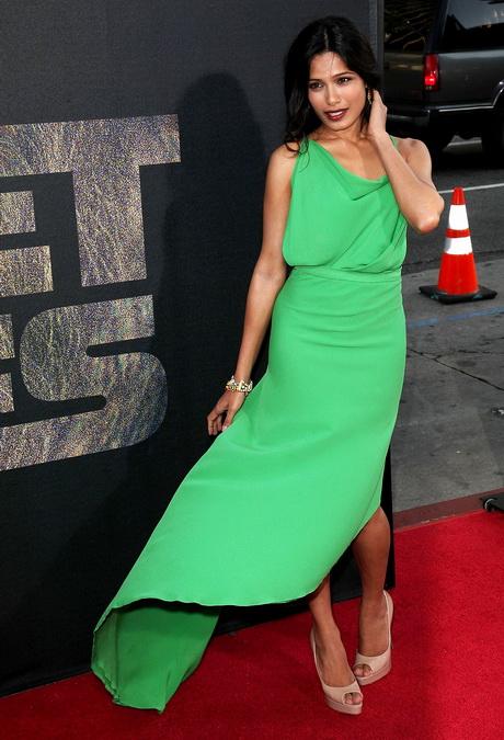 Grünes langes kleid