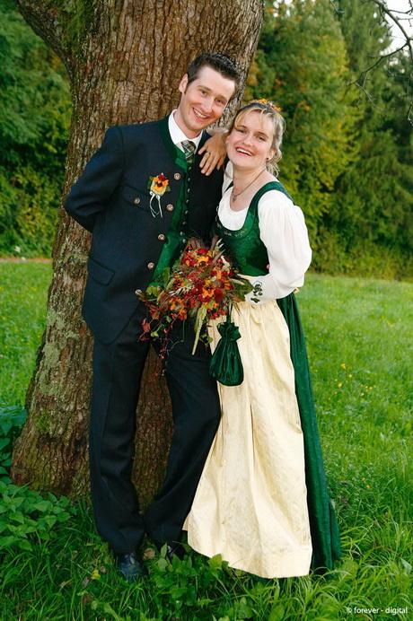 Hochzeitskleider tracht