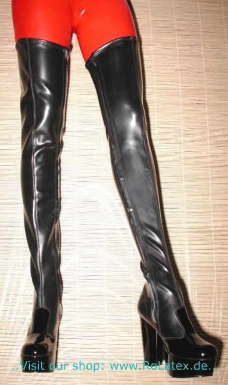 Latex Stiefel