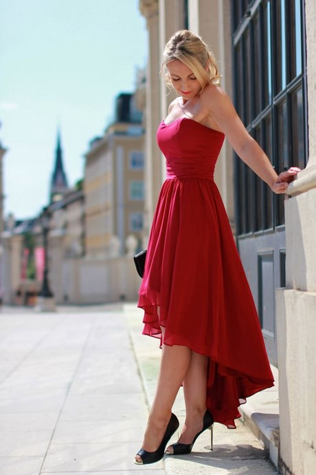 Rotes kleid standesamt