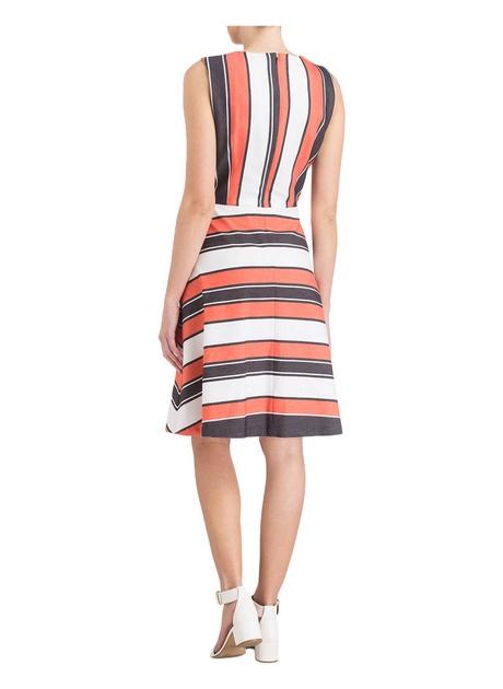 Kleid rot weiß gestreift