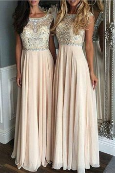 Brautfrisur rückenfreies kleid