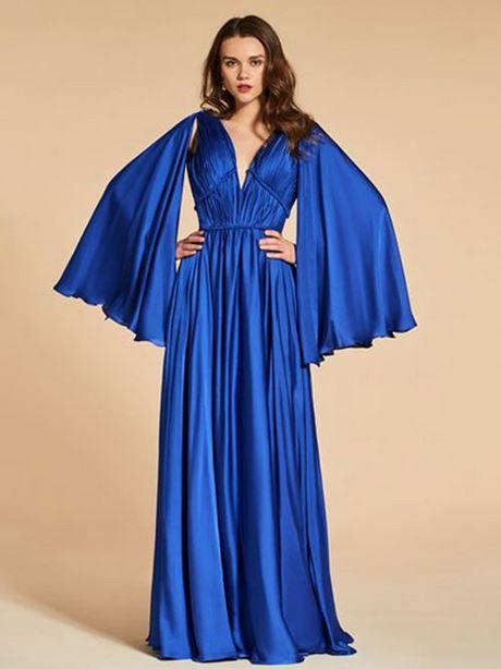 Rückenfreies kleid mit langen ärmeln