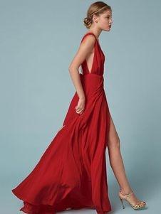 Langes kleid mit beinschlitz for Rotes kleid mit schlitz
