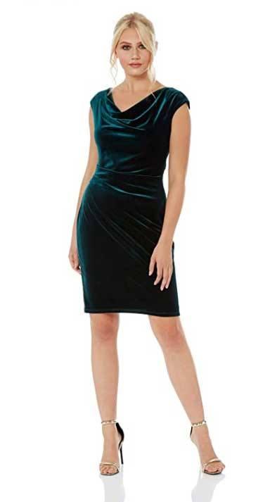 Kleid blau schwarz oder weiß gold erklärung
