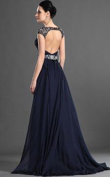 Kleid mit rückenausschnitt lang
