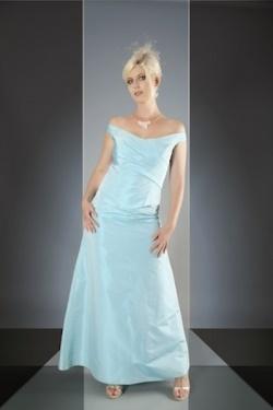 Kleid hellblau festlich