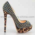 High heels designer shoes